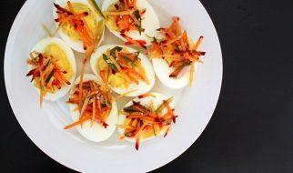 Gevulde eieren met heksenkaas