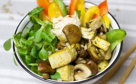 Tofoe salade met dressing van gember